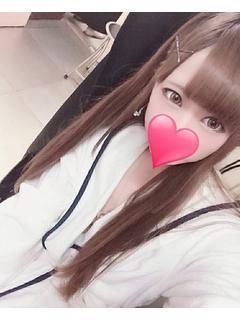 新人☆莉奈(りな)